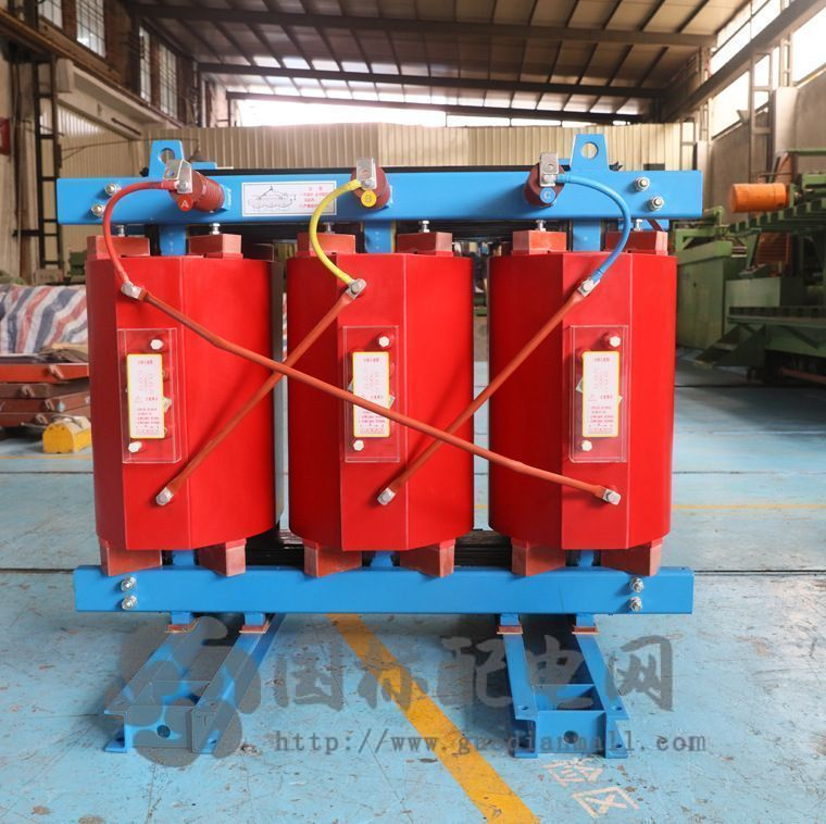 干式变压器与油浸式变压器的优缺点及其区别