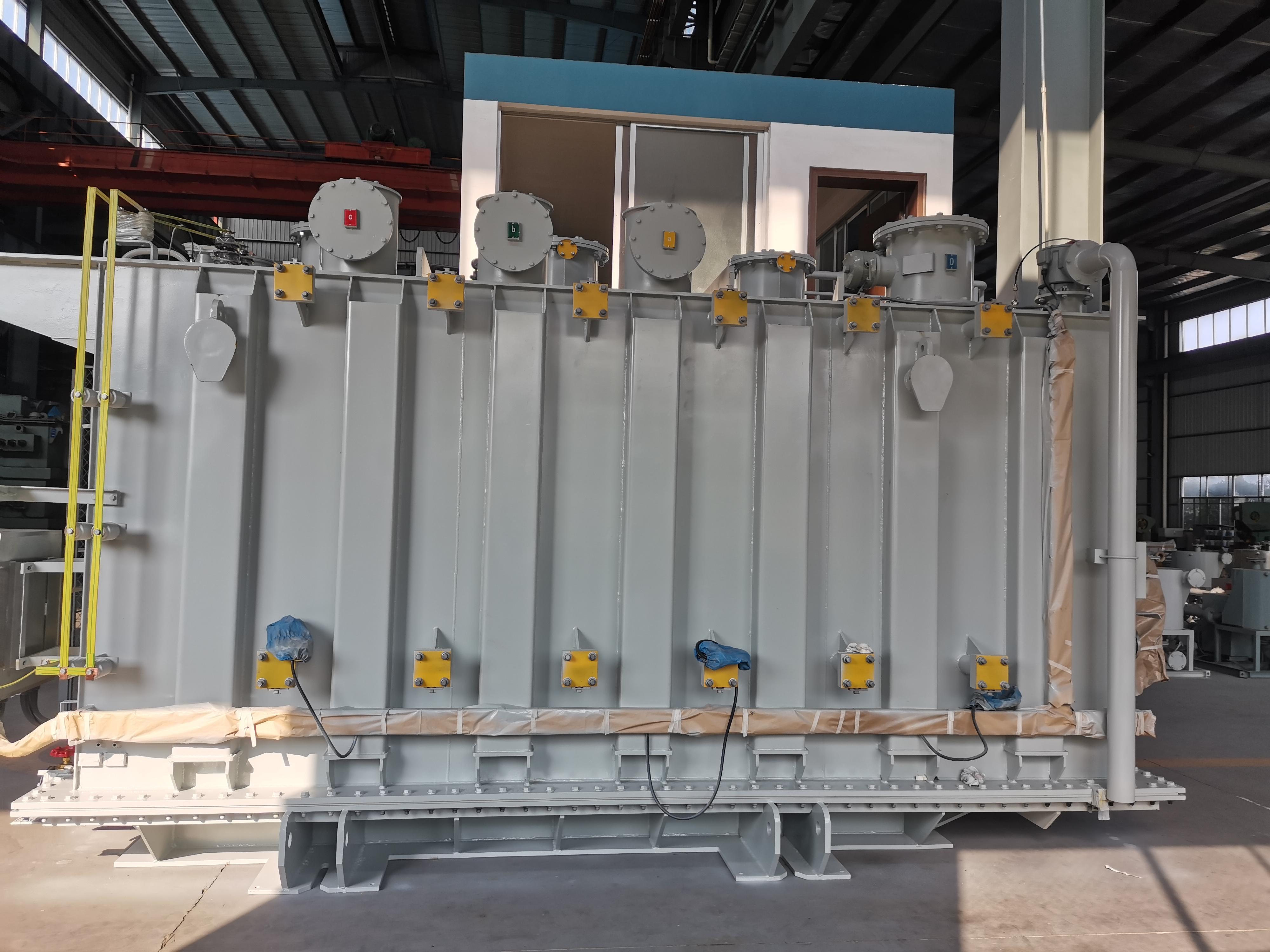 如何在站内运输庞大的特高压换流变压器?